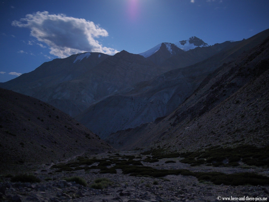 View of the Stok Kangri (6 150 m) by night